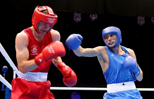 Андрей Замковой (в синем)