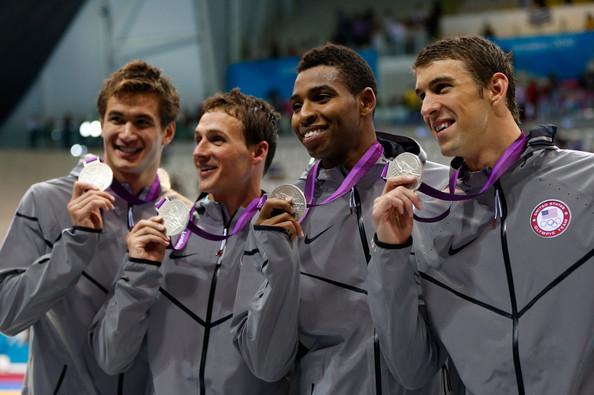 США (слева-направо: Адриан Натан, Лохте Райан, Джонс Каллен, Фелпс Майкл)