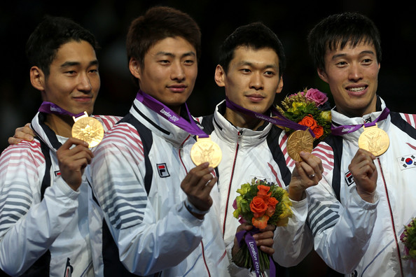1. Корея (слева-направо: Ким Чжон Хван, О Ын Сок, Гу Бонгиль, Вон У Ён)