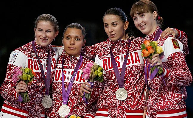 2. Россия (слева-направо: Дериглазова Инна, Гафурзянова Камилла, Шанаева Аида, Коробейникова Лариса)