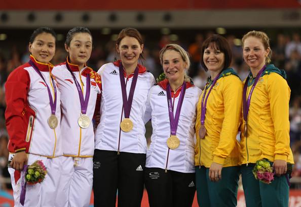 1. Германия (слева-направо: Вельте Мириам, Фогель Кристина)  2. Китай (слева-направо: Гун Цзиньцзе, Го Шуан)  3. Австралия (слева-направо: Мирз Анна, Маккаллох Каарле)