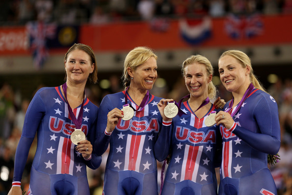2. США (слева-направо: Тамайо Лорен, Бауш Дотси, Хаммер Сара, Рид Дженни)